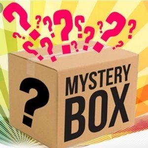 Clothing mystery box